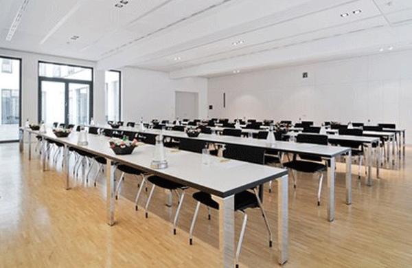 berlin mitte raum f r tagung seminar oder symposium online mieten. Black Bedroom Furniture Sets. Home Design Ideas