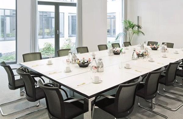 berlin mitte konferenzraum f r meetings und seminare online mieten. Black Bedroom Furniture Sets. Home Design Ideas