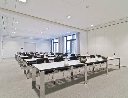 berlin mitte raum f r sitzungen seminare und. Black Bedroom Furniture Sets. Home Design Ideas
